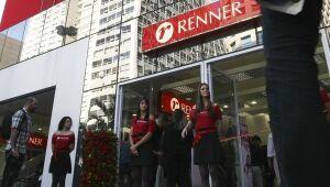 Ações de Lojas Renner caem após prejuízo de R$ 82,9 milhões no 3º tri