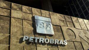 Petrobras lidera e bancos dominam ranking das empresas mais lucrativas no trimestre