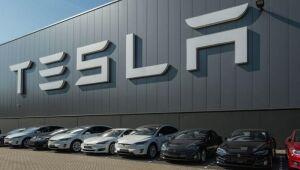 Tesla sobe 40% em uma semana com interesse crescente de investidores