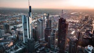 Na Alemanha, ações fecham o pregão em queda; DAX recua 2,02%