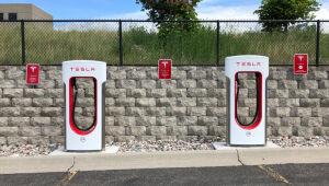 Lição para os investidores: don't fight Tesla