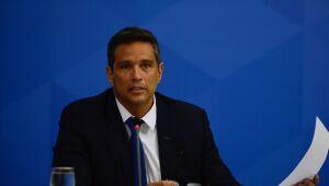 Pix reduzirá custos para as empresas, diz Campos Neto, do Banco Central