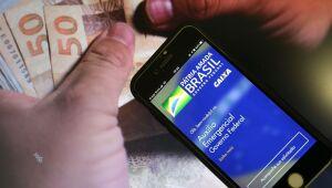 Pagamentos do novo auxílio emergencial começam na próxima semana; veja quem tem direito
