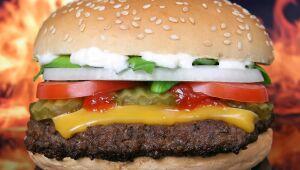 McDonald's anuncia sanduíche à base de carne vegetal