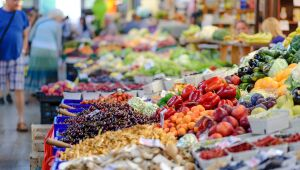 Setor de varejo está em processo de retomada de crescimento, aponta KPMG