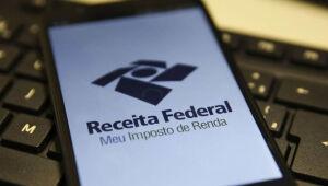 Pouco mais de um terço dos contribuintes enviou declaração do IR