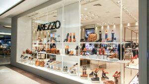 XP inicia cobertura da Arezzo (ARZZ3) com recomendação de compra e vê oportunidade em vestuário