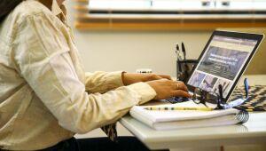 Ipea: 11% dos trabalhadores fizeram home office ao longo de 2020
