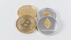 Criptomoedas: Polkadot (DOT) cai quase 5%; Bitcoin (BTC) e Ethereum (ETH) também operam em baixa