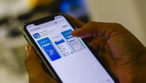 Caixa e Whatsapp fecham parceria para envio de mensagens sobre auxílio