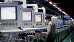 Indústria da China tem contração pela 1ª vez desde abril de 2020, mostra PMI do Caixin