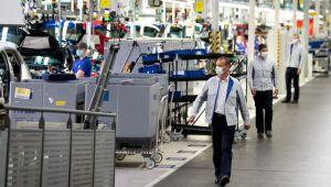 Produção industrial da zona do euro cai 1,6% em agosto sobre julho, como esperado