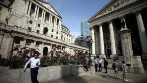 Ações europeias têm melhor sessão em onze semanas com alta dos bancos