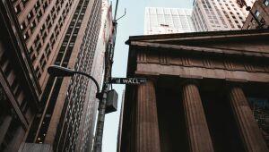 Wall Street fecha em forte alta com recuperação de gigantes de tecnologia