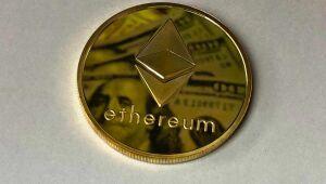 Criptos hoje: Ethereum registra avanços de 2%; Bitcoin acumula perdas de 3,1% na semana