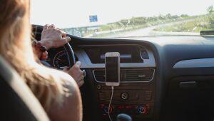 Carro ou app de transporte: qual vale mais a pena?