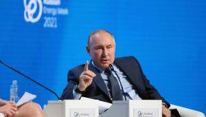 Petróleo em queda com reação de consumidores, enquanto Putin afirmar que OPEP+ aumentará produção