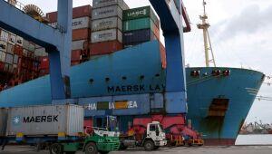 Brasil tem superávit comercial de US$4,3 bi em setembro, queda de 15% sobre 2020