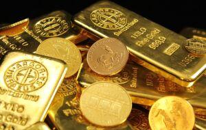 Ouro volta às trincheiras dos US$ 1.750, embora com ganho semanal