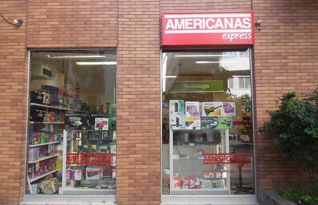 Filial da Lojas Americanas situado na Rua Riachuelo, na Lapa, Rio de Janeiro, Brasil.