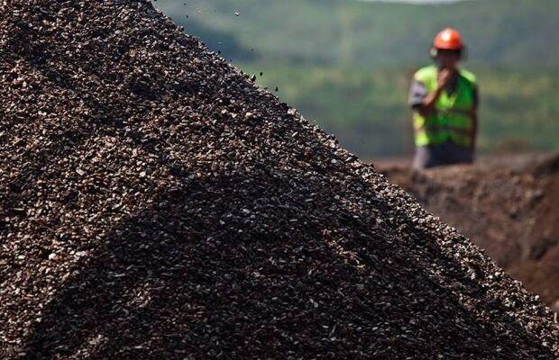 IGP-10 recua em setembro com queda do minério de ferro, mas pressão aumenta para consumidor, diz FGV