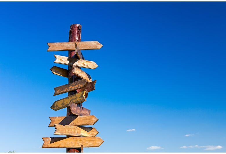 Self-service ou assessoria: existe um modelo ideal para investir?
