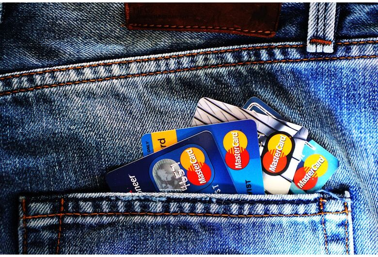 Cartão de crédito: 5 dicas para evitar susto com a fatura