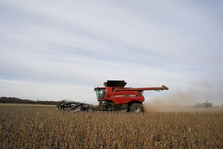 Colheita de soja em Roachdale, no estado norte-americano de Indiana