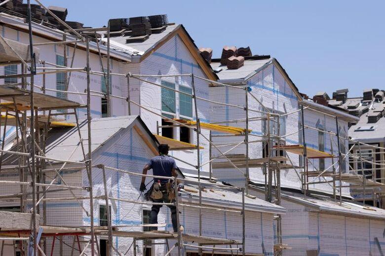 Construção de casas na Califórnia, EUA, 03/06/2021