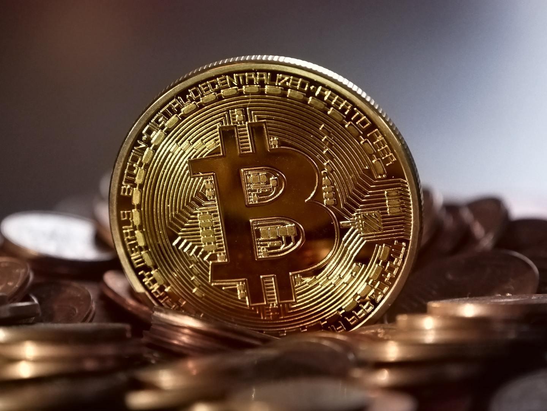 ganhos de negociação de criptomoeda como faço para investir em ações de criptomoeda